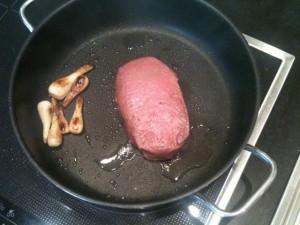 Steak nach dem Entnehmen aus der Folie